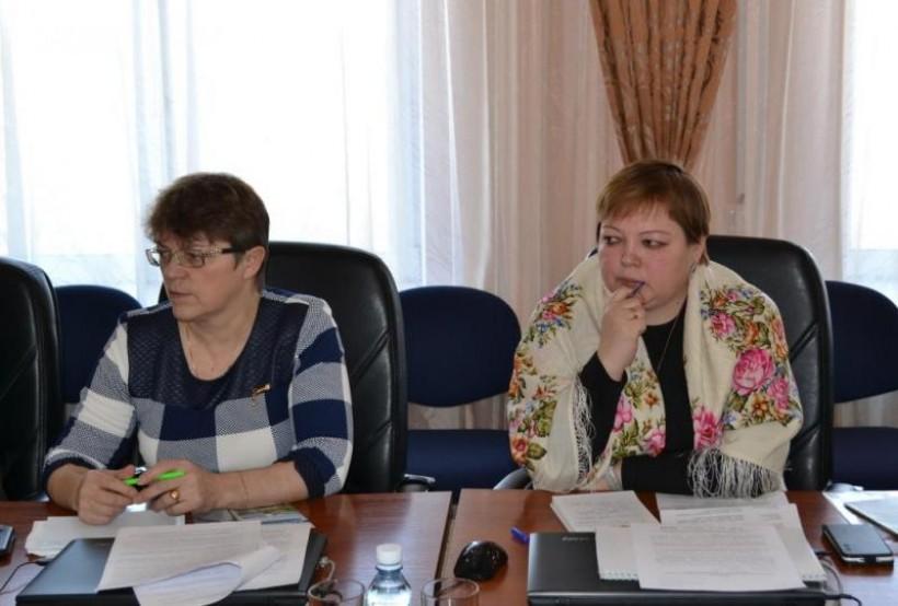 Хӑнты нєңңӑн Е.М. Кротова па М.К. Микушина