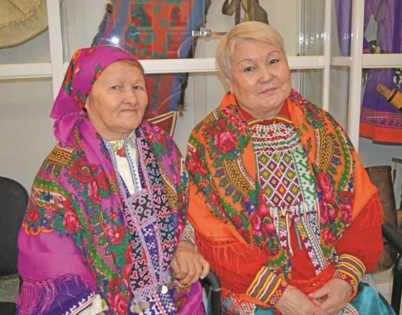Н.Е. Бондаренко па Л.Р. Хомляк